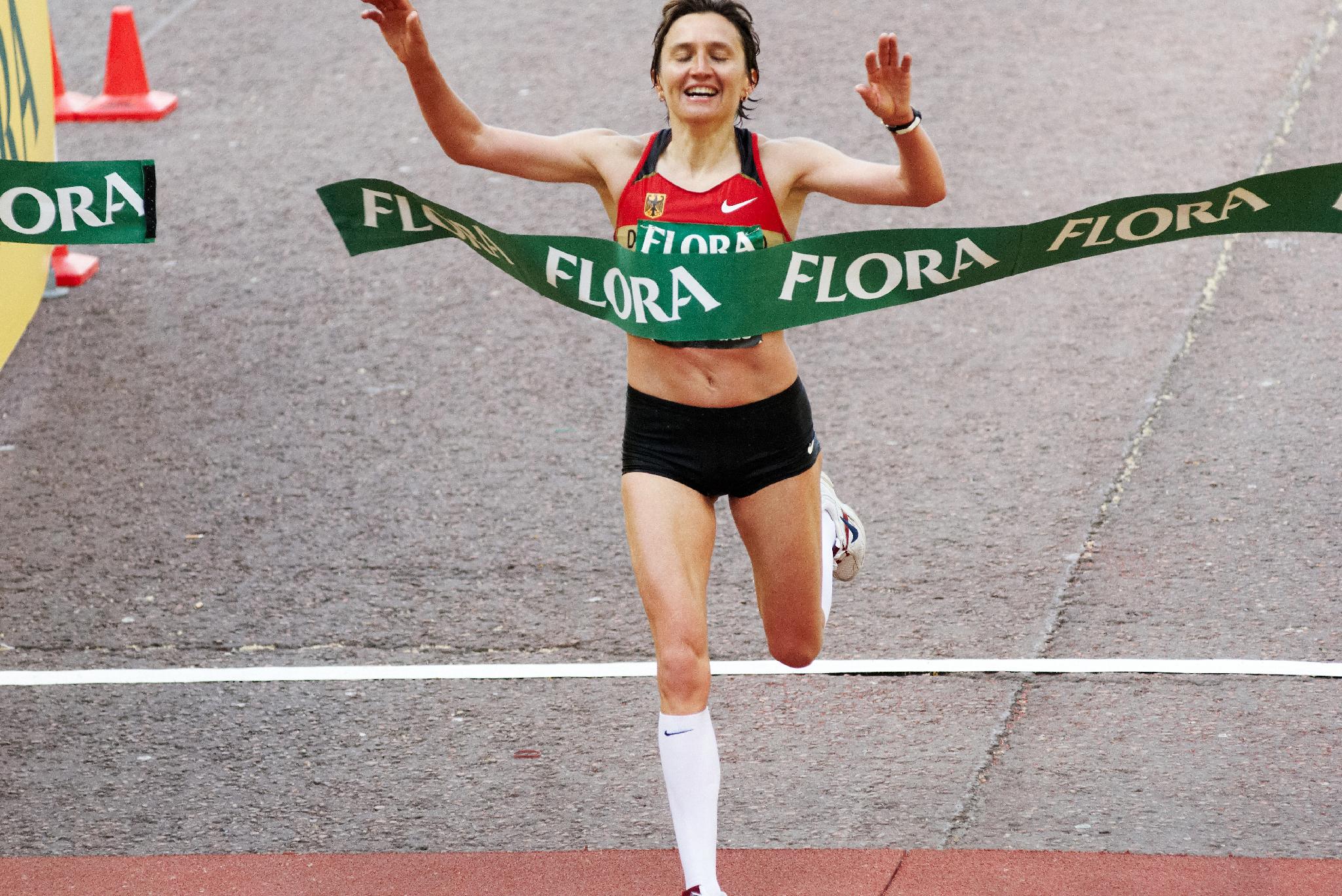IrinaMIKITENKO_Vainqueur_Marathon de Londres_26Avril2009