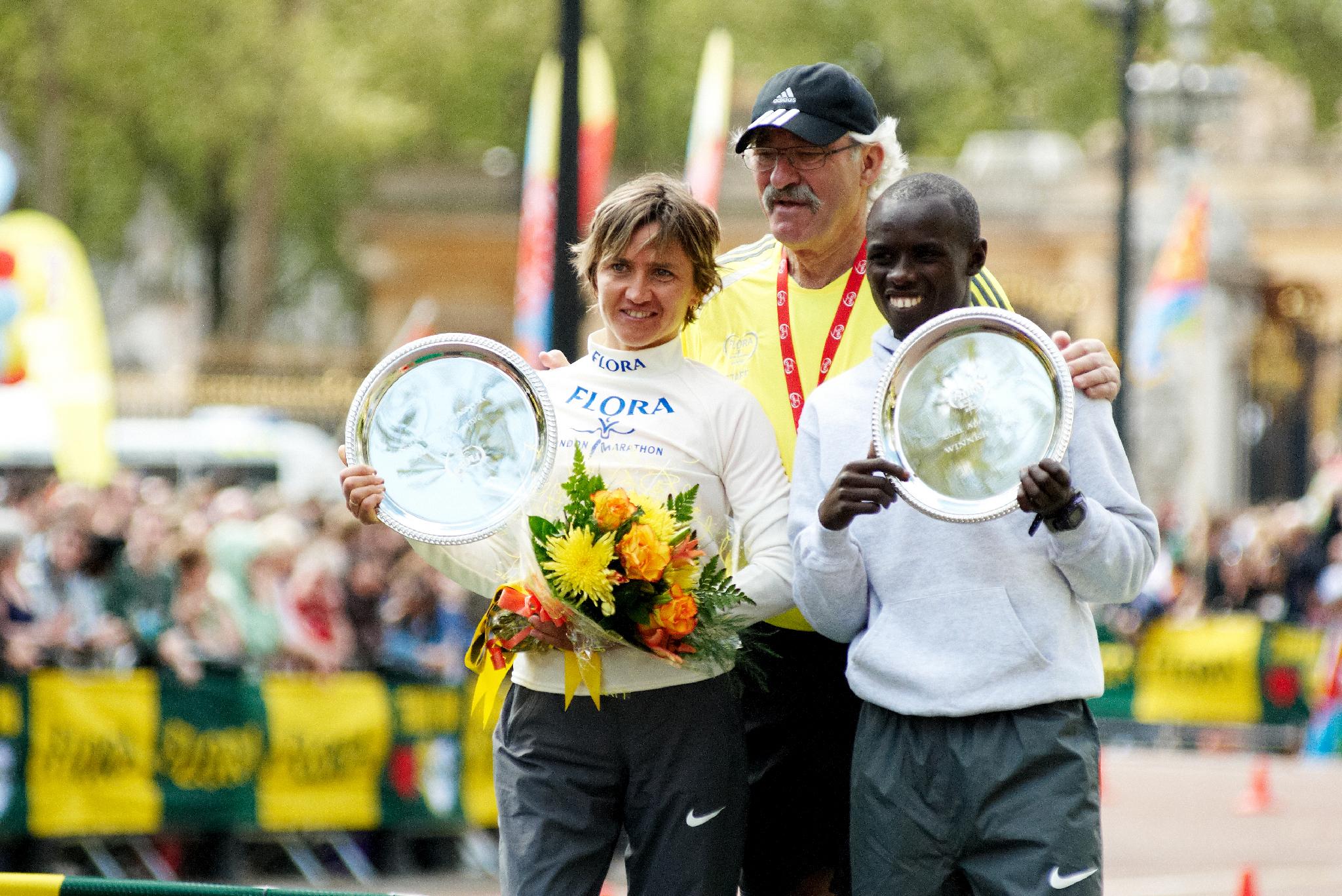SamuelWANJIRU et IrinaMIKITENKO_Vainqueur_Marathon de Londres_26Avril2009